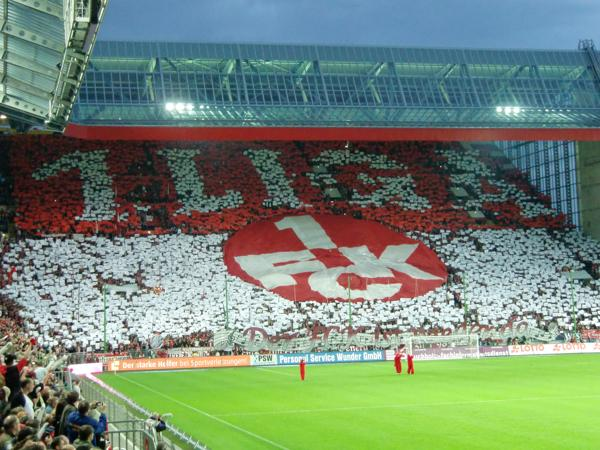 1. FC Kaiserslautern Westkurve - Choreographie 1. Liga - © Foto: Stefan Mai